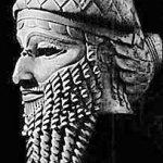 Por qué se representan como serpientes los dioses barbados de las culturas antiguas?